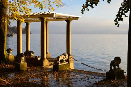 ie Löwenterrasse des Schlossparks am Starnberger-See-Ufer. Foto: EAT Archiv